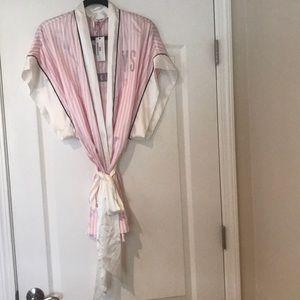 Victoria's Secret Fashion Show Robe *2013* New!!
